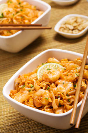 chinese food: Thailands national dishes, stir-fried rice noodles. Pad Thai