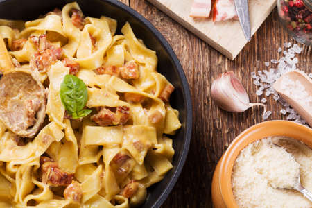 meat sauce: Pasta Carbonara with bacon, basil and cheese