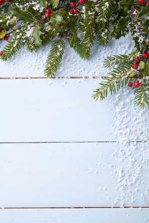 Winter achtergrond - blauw woodboard Stockfoto - 47945135