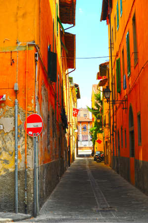 Narrow Alley With Old Buildings In Italian City of Pisa Stock Photo - 8693929