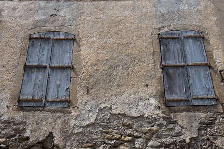 Windows in Viviers, the Department de l' Ardèche in the Region Rhône-Alpes Stock Photo - 10929951