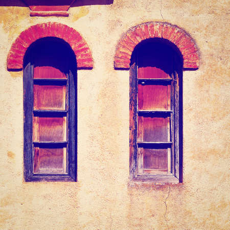 Windows on the  Facade of the Old Spain House,  photo