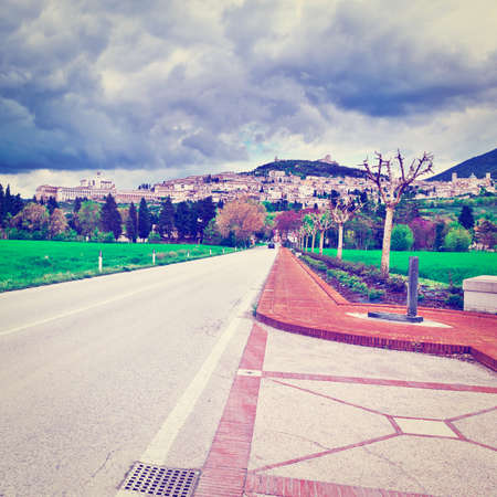 assisi: Strait Road to the Italian City of Assisi, Instagram Effect