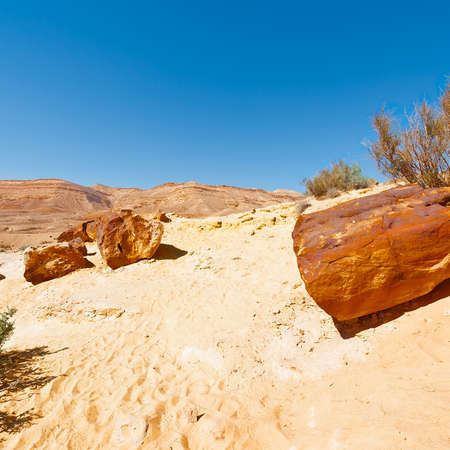 nature reserves of israel: Big Stones of Grand Crater in Negev Desert, Israel Stock Photo