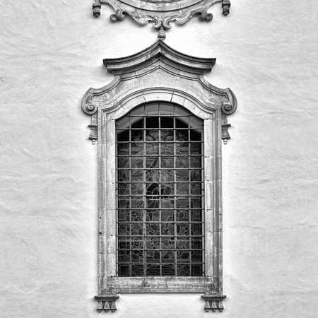resplendence: The Renovated Facade of the Old Portugal House, Retro Image Filtered Style