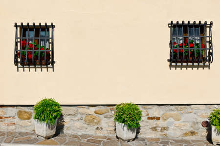 resplendence: Italian Windows Decorated with Fresh Flowers