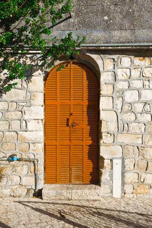 resplendence: Israel Metal Door in Tel Aviv