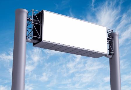 Billboard with empty screen, against blue cloudy sky 版權商用圖片 - 18255590