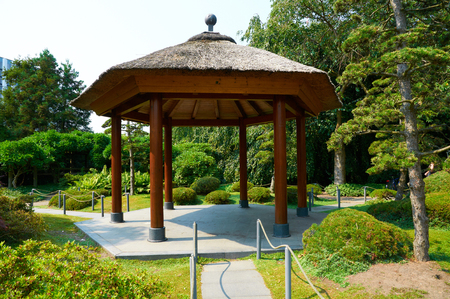 un: HAMBURG, GERMANY - AUGUST 14, 2015: Beautiful view of Japanese Garden at Planten un Blomen park. Planten un Blomen is an urban park with a size of 47 hectares