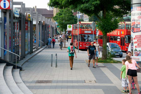 reisen: HAMBURG, GERMANY - AUGUST 14, 2015: Bus stop of city transport St. Pauli Landungsbrucken, Hamburg harbor