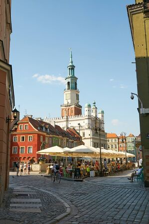 wielkopolskie: POZNAN, POLAND - AUGUST 20, 2015: Old Market Square at the city center, Stary Rynek