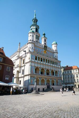 wielkopolskie: POZNAN, POLAND - AUGUST 20, 2015: Town Hall in old Market Square at the city center, Stary Rynek