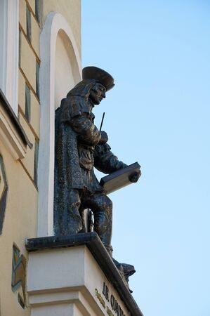 wielkopolskie: POZNAN, POLAND - AUGUST 20, 2015: The figure of the architect J. B. Quadro, the creators of city Hall, Stary Rynek. Poznan