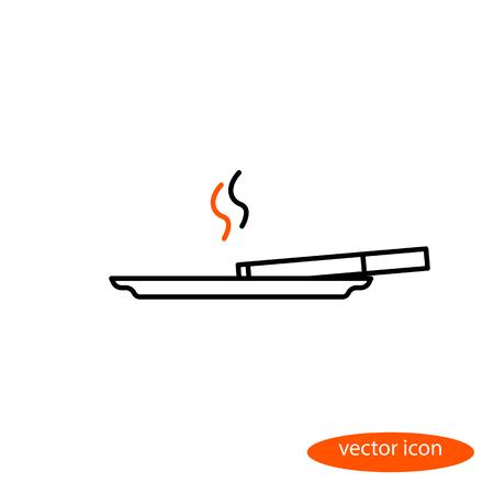 Immagine vettoriale semplice di una linea sottile di sigarette con fumo arancione che si trova su un piattino, un'icona lineare piatta.