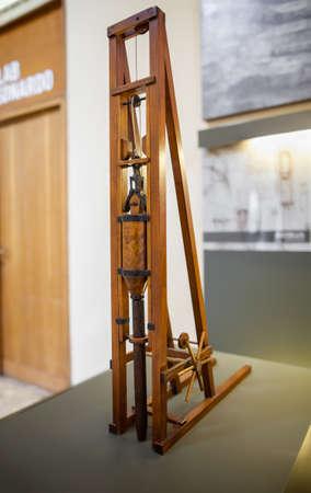 leonardo da vinci: MILAN, ITALY - JUNE 9, 2016: pole hammer models of Leonardo da Vincis scientific studies displayed at the Science and Technology Museum Leonardo da Vinci Editorial