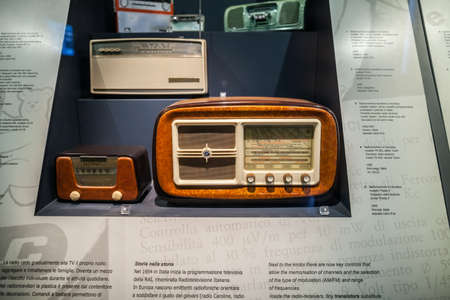 vinci: MILAN, ITALY - JUNE 9, 2016: old radio at the Science and Technology Museum Leonardo da Vinci