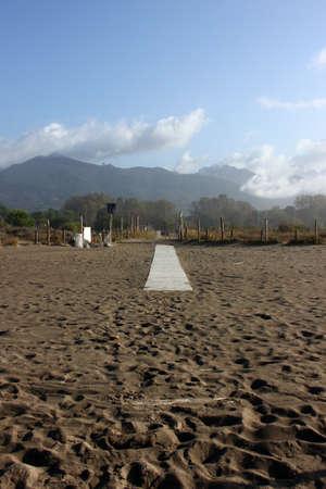 Corona empty spiaggia in Forte dei Marmi, Tuscany, Italy