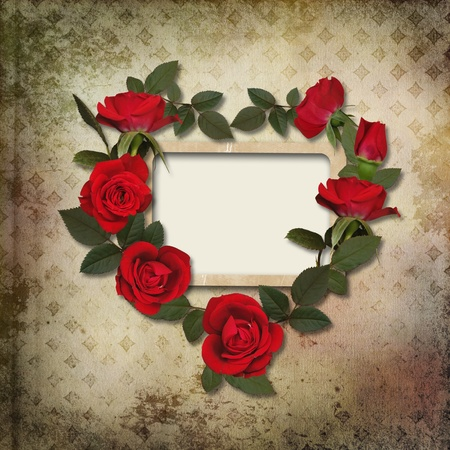roses and hearts: Frame with a wreath of roses on vintage background