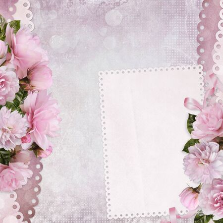 Beautiful borders of pink roses with a card with space for text Imagens