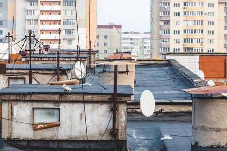 superstructure: Antennas and design on a flat roof of a block of flats