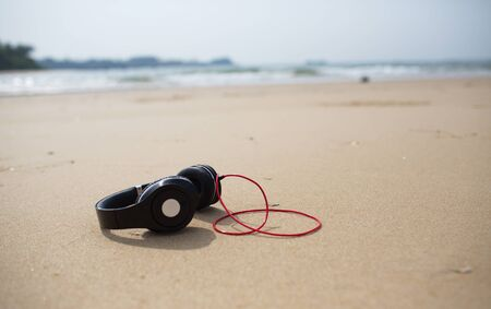 tecnology: sound at the beach