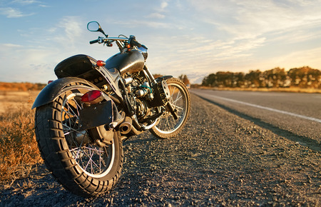 freiheit: Freedom.Motorbike unter Himmel
