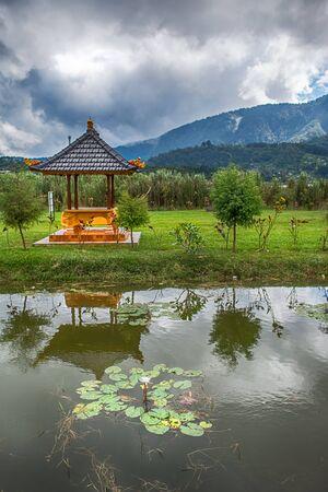 bratan: Pura Ulun Danu Bratan, Hindu temple on Bratan lake, Bali, Indonesia