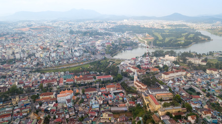 Aerial view from the drone to Dalat city.  Located on the Langbian Plateau in the southern parts of the Central Highlands region of Vietnam Foto de archivo