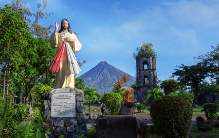 agsawa church ,Mayon volcano,view,Philippines