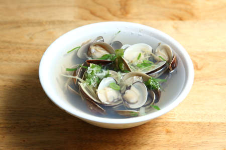 clams: Clams soup