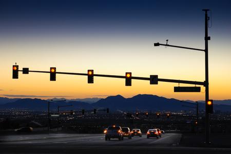 Zonsopgang over Las Vegas Interstate Stockfoto