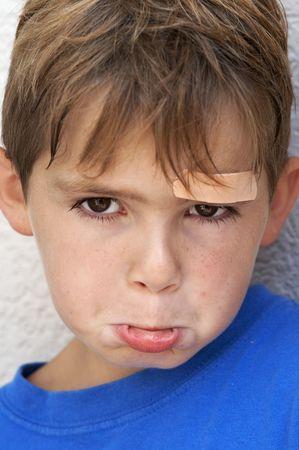 sick kid: muchacho triste