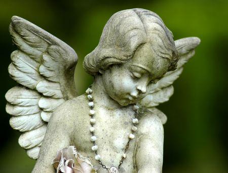 Angel statue photo