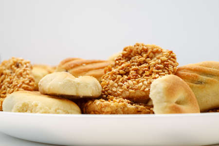 Traditional oriental cookies with sesame and dates, macro shot 写真素材 - 128951799