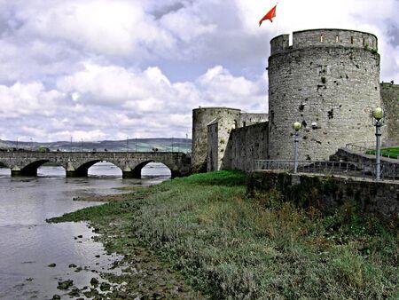 eire: King Johns Castle and bridge in Limerick City, Ireland