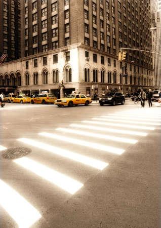Everyday street life in New York - Manhattan photo