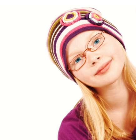 making faces: Bella ragazza bionda con cappello di facce Archivio Fotografico