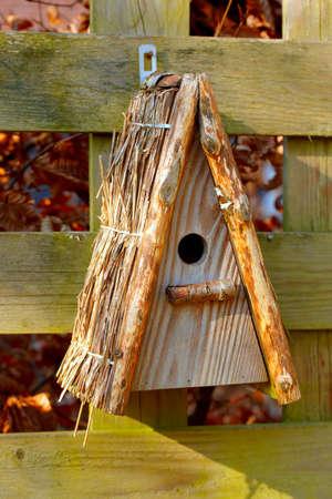 birdhouse: A photo an outdoor birdhouse