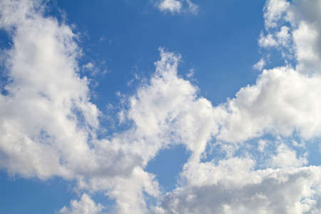 cirrus: A photo of clouds
