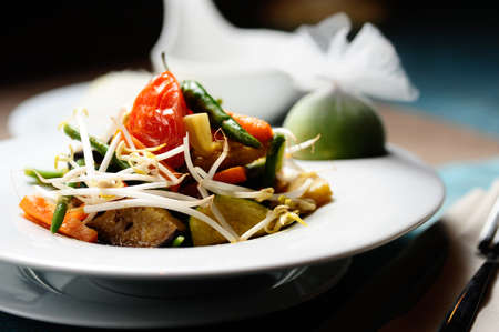 Grilled vegetables with soybean sprouts