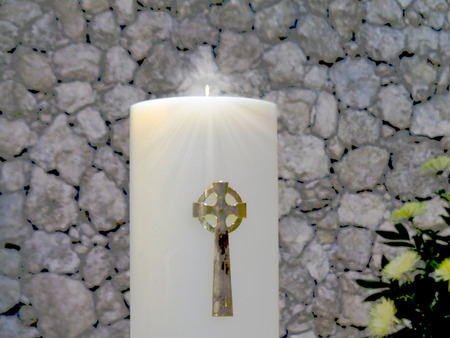 gold cross: Candle with gold cross