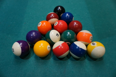 pocket billiards: Billiard balls