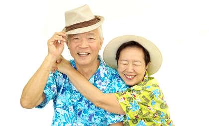 행복 한 아시아 수석 몇 포옹 모자 휴가 여행을위한 준비 스톡 콘텐츠