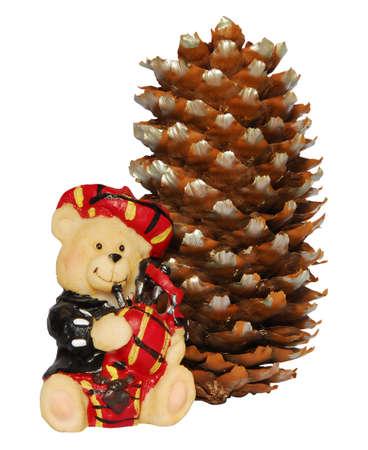 gaita: Jugar escocesa oso de juguete con una gaita y una estr�bila Foto de archivo