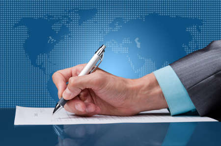 sign a contract  Stock Photo - 16460711