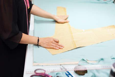 moda ropa: Asi�tica de moda mujer ropa sastre dise�ador del vestido