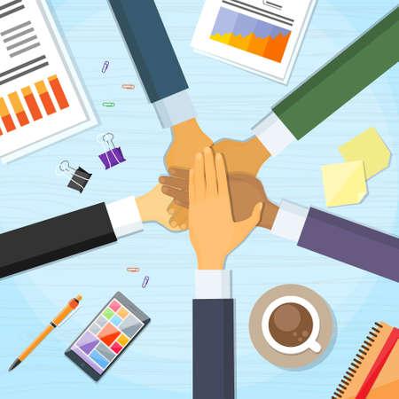 ビジネスの人々 はお互いに手スタックを杭します。