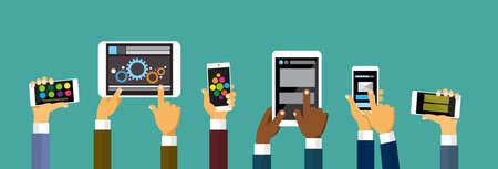 using the computer: Teléfono celular Grupo Manos que sostienen la computadora de la tableta inteligente, ilustración vectorial concepto de la tecnología Flat