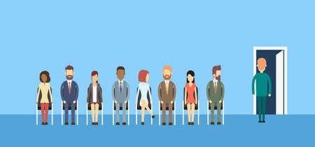 fila de personas: Los hombres de negocios Grupo Sentado En línea ilustración vectorial de cola de puerta plana