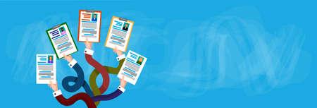 Gruppo di mani in possesso di un profilo CV Candidato Posizione di lavoro, persone d'affari a noleggiare illustrazione vettoriale piatta